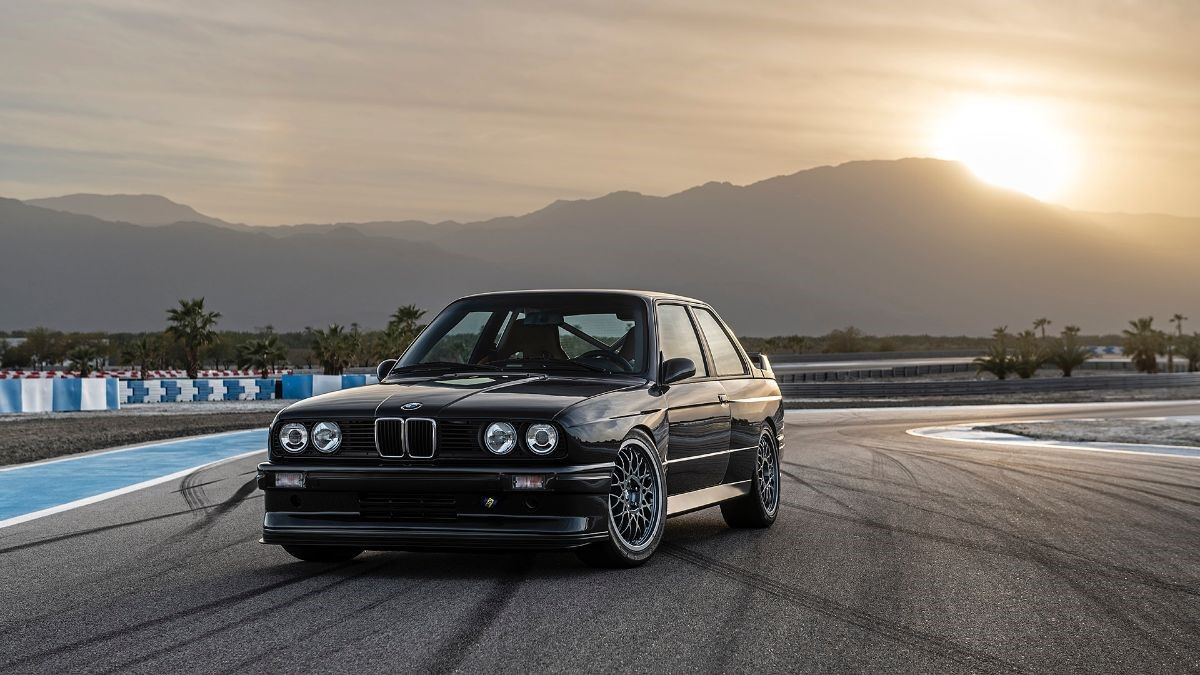 Redux Leichtbau BMW e30 M3 001/030